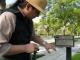 Barbapoca examines the talk box