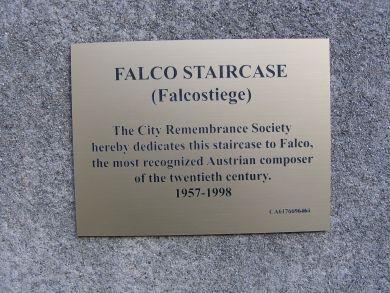 plaque_390.jpg