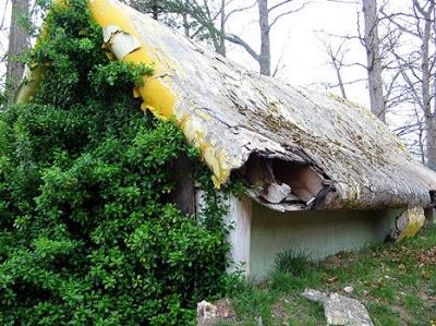enchanted forest cottage, sept 06